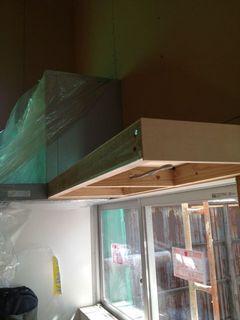 キッチン棚ライトのところ.jpg