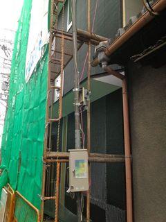 正面の外壁の下地.jpg