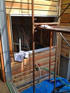 お風呂の窓.jpg